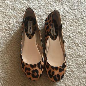 Steve Madden cheetah/leopard print flats